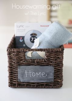 The #HoneywellLyric makes a great housewarming gift - change your thermostat from any room! #sponsored