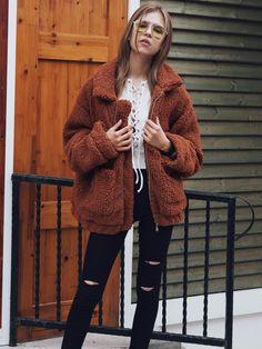 Speckiger kragen mantel