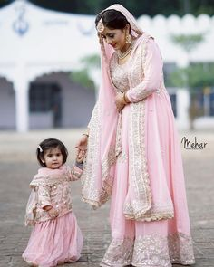 15 Adorable Photos of Kids Coordinating Outfits with the Bride & Groom Pakistani Bridal Dresses, Indian Dresses, Indian Outfits, Walima Dress, Bridal Lehenga, Indian Designer Outfits, Designer Dresses, Mom Daughter Matching Dresses, Stylish Dresses