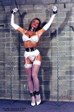BDSM : Standing