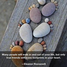 The quote is nice too, but I love these pebble footprints. They would make an adorable outdoor decoration. Maybe around the edges of the garden beds or retaining wall...