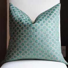 NEW Beautiful Velvet Home Decor Pillow Cover-20x20-Emerald-Accent Pillow-Throw Pillow-Decorative Pillow