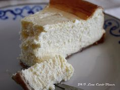 24/7 Low Carb Diner: New Year's Cheesecake. Sugarfree and Low Carb with a nut crust.
