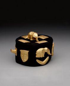 Africa | Baule Crown. Ivory coast | Wood, gold leaf, and textile | c. 1920.