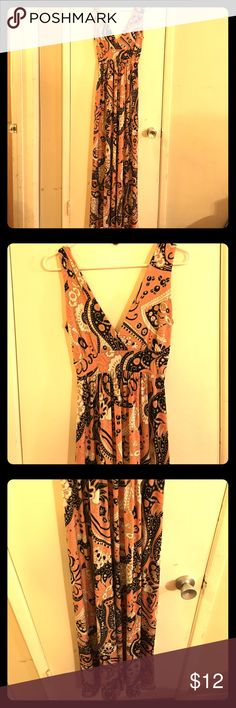 XS Long Beach Dress This sexy beach long dress style is perfect for summer dress or casual dresses. Veronicam Dresses