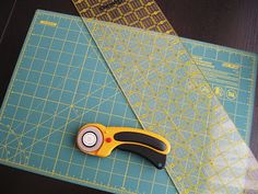 Beginner sewing tips - I swear I am going to overcome my fear of my sewing machi. - Beginner sewing tips – I swear I am going to overcome my fear of my sewing machine. This site mak - Sewing Basics, Sewing Hacks, Sewing Tutorials, Sewing Crafts, Sewing Projects, Sewing Patterns, Sewing Tips, Sewing Ideas, Sewing Essentials