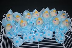 Baby+Shower+Cakes+for+Boys | baby boy bunting cake lollipops for baby shower