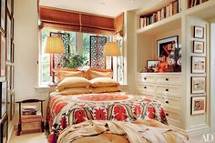 LOVE everything about this bedroom. Built-In Furniture Ideas and Custom Furniture Photos | Architectural Digest