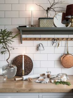 Scandinavian Style Home, Scandinavian Design, Hm Home, Christmas Interiors, Cozy Christmas, Storage Shelves, Home Kitchens, Mirror, House