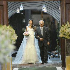 Pura felicidade! Noiva Najla com Atelier Carla Gaspar wedding dress <3