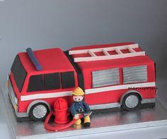 Marsispossu: Paloautokakku, Fire truck cake Birthday Cakes, Birthday Parties, Truck Cakes, Party Stuff, Fire Trucks, Biscuit, Robin, Baby Boy, Party Ideas