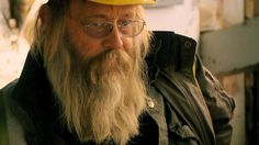 4 Feb 2015 ~ SNEAK PEEK: The dredge doesn't come with an instruction manual, but… Discovery Channel, Gold Rush, Beets, Alaska, Manual, Tv Shows, Campaign, Running, Facebook
