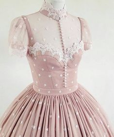 LINDA FRIESEN My client wanted an ero lolita dress, so I suggested a lingerie top. Vestidos Vintage, Vintage Dresses, Vintage Outfits, Vintage Fashion, Pretty Outfits, Pretty Dresses, Beautiful Dresses, Cute Outfits, Romantic Dresses