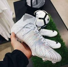 ideas for sport soccer messi cristiano ronaldo Girls Soccer Cleats, Nike Cleats, Soccer Gear, Soccer Equipment, Nike Soccer, Soccer Stuff, Rugby Gear, Cool Football Boots, Soccer Boots
