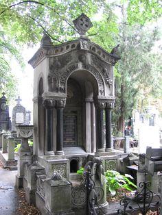 Belgrade cemetery.....