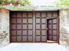 Zaguanes Puertas Escaleras Portones - $ 100.00 en Mercado Libre Gate Wall Design, Grill Gate Design, Steel Gate Design, Front Gate Design, Main Gate Design, House Gate Design, House Front Design, Entrance Gates, Entry Doors
