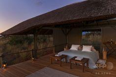 南アフリカのザ・モトセ - ツワル・カラハリ・ラグジュアリー・プライベート・ゲーム・リザーブ(The Motse - Tswalu Kalahari Luxury Private Game Reserve)。(c)Relaxnews/Twsalu Kalahari ▼6Aug2014AFP 星空の下で眠れるホテル http://www.afpbb.com/articles/-/3022470 #The_Motse_Tswalu_Kalahari_Luxury_Private_Game_Reserve