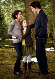 Breaking Dawn Parte 2 Just your average neighbourhood vampire family