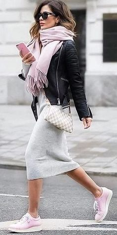 Maia Hape-Mitchell // cashmere dress and scarf under leather. Pink and grey always looks girlie. - Total Street Style Looks And Fashion Outfit Ideas Fashion Mode, Look Fashion, Winter Fashion, Womens Fashion, Fashion Styles, Fashion Ideas, Trendy Fashion, Indie Fashion, Fashion Trends