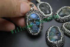 1PC Shiny Labradorite Skull Cabochon Pendant Cool Style 35MM Paved Crystal Beads On Side Fit Necklace Jewelry DIY Free Shipping