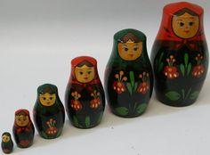Vintage Set of 6 Russian Matryoshka Babushka Nesting Stacking Dolls Family - made in USSR, $45.00