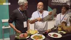La masa de carne giratoria con la que te empapuzas en los  döners  no es lo que se conoce como kebab en Turquía. El gran maestro turco de este plato te enseña a distinguir sus mejores versiones.