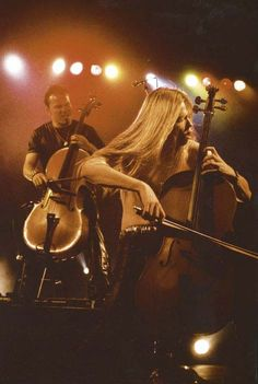 Apocalyptica -the perfect combination between metal rock and classical music