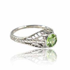 Sterling Silver Filigree Peridot Ring Size 5.5 by boylerpf on Etsy, $85.00