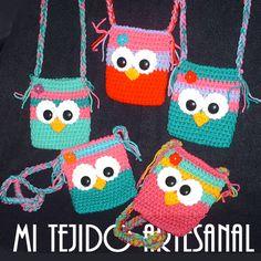 NUEVAS CARTERITAS PARTA NENAS O PORTA CELULAR. Infinidad de creaciones tejidas al crochet, para damas, bebés, niños, adolescentes y hombres. Realizo diseños personalizados por encargo.