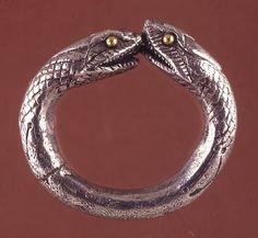 Finger ring 1st Century AD Roman (Source: The British Museum)