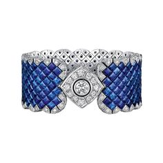 Chanel Signature Ultime Saphirs bracelet with invisibly-set sapphires and diamonds (=)