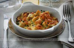 Tysiące sprawdzonych przepisów. Wypróbuj dziś z nami przepis na smaczne danie z warzyw.Kalafior zapiekany w serowym sosie.Lista zakupów: mleko, kalafior, ser.