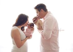 Twin Newborn Photography - Twice the Cuteness! | Red Lotus Photography Blog