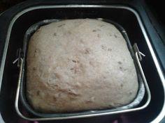 Vegatár Konyha: Lenmagvas rozskenyér kenyérsütőgépben Mashed Potatoes, Bread, Ethnic Recipes, Food, Whipped Potatoes, Smash Potatoes, Brot, Essen, Baking