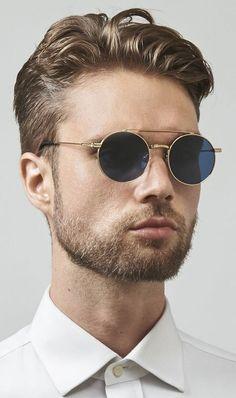Sunglasses Ash Ash Stainless Steel designed by FREYRS Eyewear in Chicago. Men Sunglasses Fashion, Retro Sunglasses, Round Sunglasses, Hugo Boss, Lunette Style, Glasses Online, Mens Glasses, Portrait, Chanel