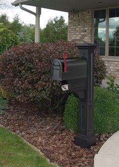 Charleston Plus Mailbox Post