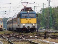 1,6 milliárd forintról van szó - Megemelte a kormány a MÁV-Start jegyértékesítésének korszerűsítésére fordítható támogatást Budapest, Train, October, Strollers