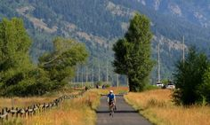 Friends of Pathways supports a vibrant community by advocating the completion of a safe and sustainable pathways system for healthy recreation and transportation opportunities in Jackson Hole. http://www.friendsofpathways.org