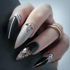 50 Cool Stiletto Nails Designs To Try in 2019 Tips; 50 Cool Stiletto Nails Designs To Try in 2019 Tips; Acrylic Nails Natural, Black Acrylic Nails, Natural Nails, Trendy Nail Art, Cool Nail Art, Beautiful Nail Art, Gorgeous Nails, Acrylic Nail Designs, Nail Art Designs