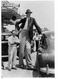 Robert Pershing Wadlow (1918 – 1940) is the tallest person in history for whom there is irrefutable evidence. Wadlow is sometimes known as the Alton Giant or Giant of Illinois because he was born and grew up in Alton, Illinois.