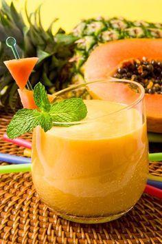 Zwei Rezepte für gesunde Abnehmshakes mit Papaya. www.ihr-wellness-magazin.de