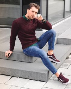 How to wear: burgundy suede low top sneakers, blue skinny jeans, dark green Mens Fashion Casual Shoes, Stylish Mens Outfits, Cool Outfits, Casual Outfits, Men Casual, Casual Dresses, Men's Outfits, Stylish Clothes, Sneakers Outfit Men
