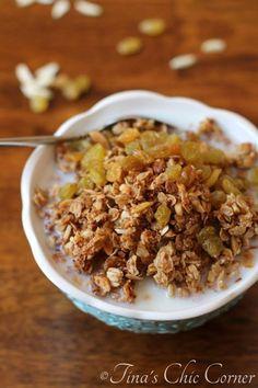Almond Granola - tinaschic.com