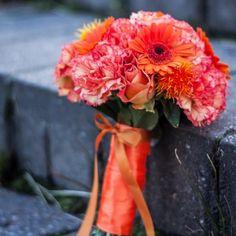 bukiet ślubny pomarańczowy gerbera goździk