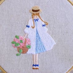 Japanese Embroidery Designs embroidery -- looks like Anne of Green Gables. Hand Embroidery Stitches, Crewel Embroidery, Embroidery Applique, Cross Stitch Embroidery, Japanese Embroidery, Modern Embroidery, Embroidery Designs, Bordados E Cia, Thread Painting