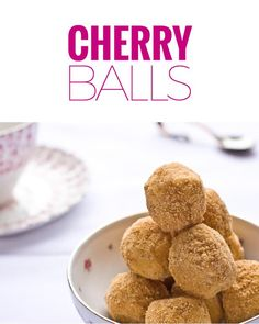 My grandmother made this cherry balls recipe every Christmas. The cherries are combined with coconut and graham crumb. These easy treats can be frozen. Dessert Dips, Köstliche Desserts, Delicious Desserts, Dessert Recipes, Candy Recipes, Baking Recipes, Holiday Recipes, Holiday Treats, Christmas Recipes