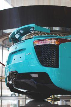themanliness: Lexus LFA  Source   MVMT   More