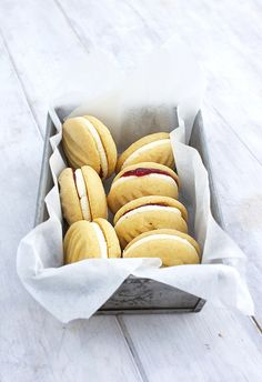 Great British Bake Off recipes from the first ever winner - Features - Food and Drink - The Independent (Birthday Bake Goods) British Baking Show Recipes, British Bake Off Recipes, Great British Bake Off, Baking Recipes, Cookie Recipes, Great Australian Bake Off, Mary Berry, Macarons, Melting Moments Cookies