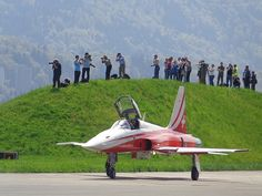 Patrouille Suisse Swiss Air, Airplanes, Switzerland, Air Force, Fighter Jets, Aviation, My Photos, Freedom, Aircraft