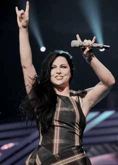 Amy Lee from Evanescence Janis Joplin, Ben Moody, Rainha Do Rock, Snow White Queen, Amy Lee Evanescence, Rock Poster, Blood Brothers, Fade To Black, Metal Girl